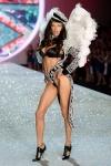 1384414583543_Victorias-Secret-2013-Runway-Show-09-Adriana