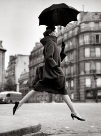 Carmen - Manteau par Pierre Cardin 1957