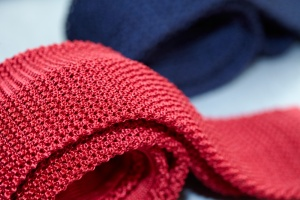 cravate-tricot-rouge
